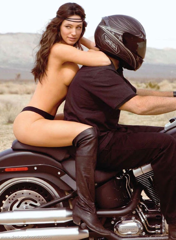Kelly-Brooklinda-sensual-photoshoot-pics-boob-desbaratinando (68)