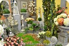 Цветы и вазы-кашпо в декоре интерьера