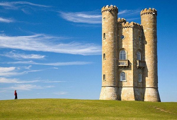 Broadway_tower