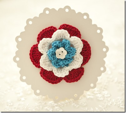 Red-White-Blue-Crochet-Brooch02