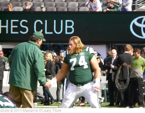 'New York Jets Center Nick Mangold' photo (c) 2011, Marianne O'Leary - license: http://creativecommons.org/licenses/by/2.0/