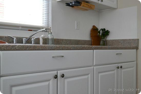 kitchen_cabinets_athomewithh