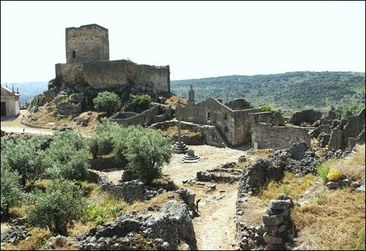 Marialva - Glória Ishizaka -  cidadela no interior da muralha 3