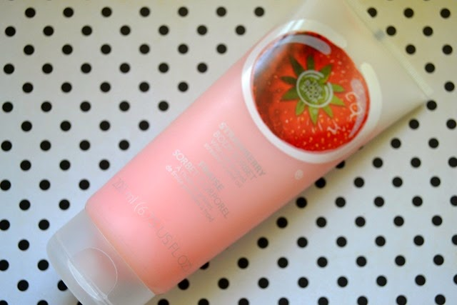 body shop strawberry body sorbet