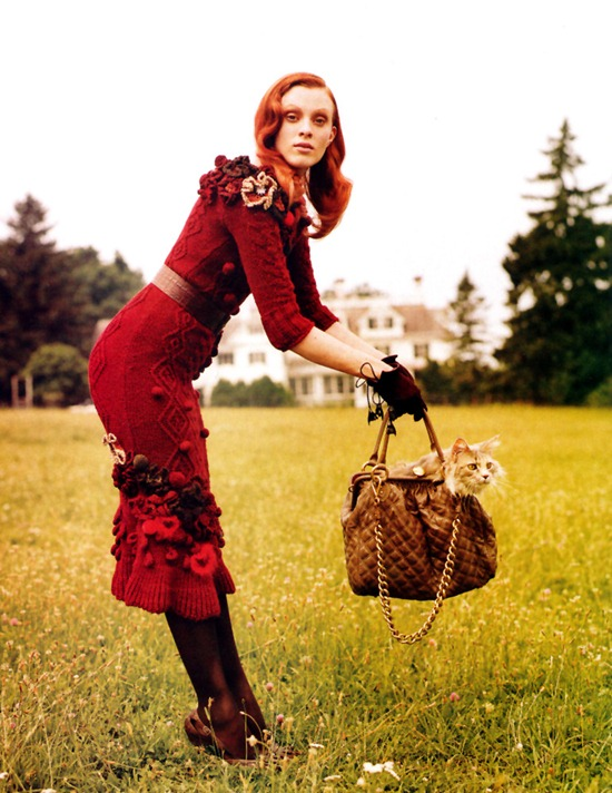 karen_elson-vogue-september2005