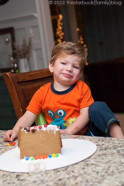 Gingerbread Houses 2012 blog-7