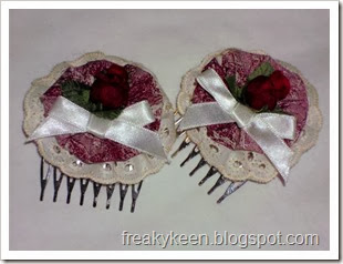 Red and White Hair Combs with Yo-Yos