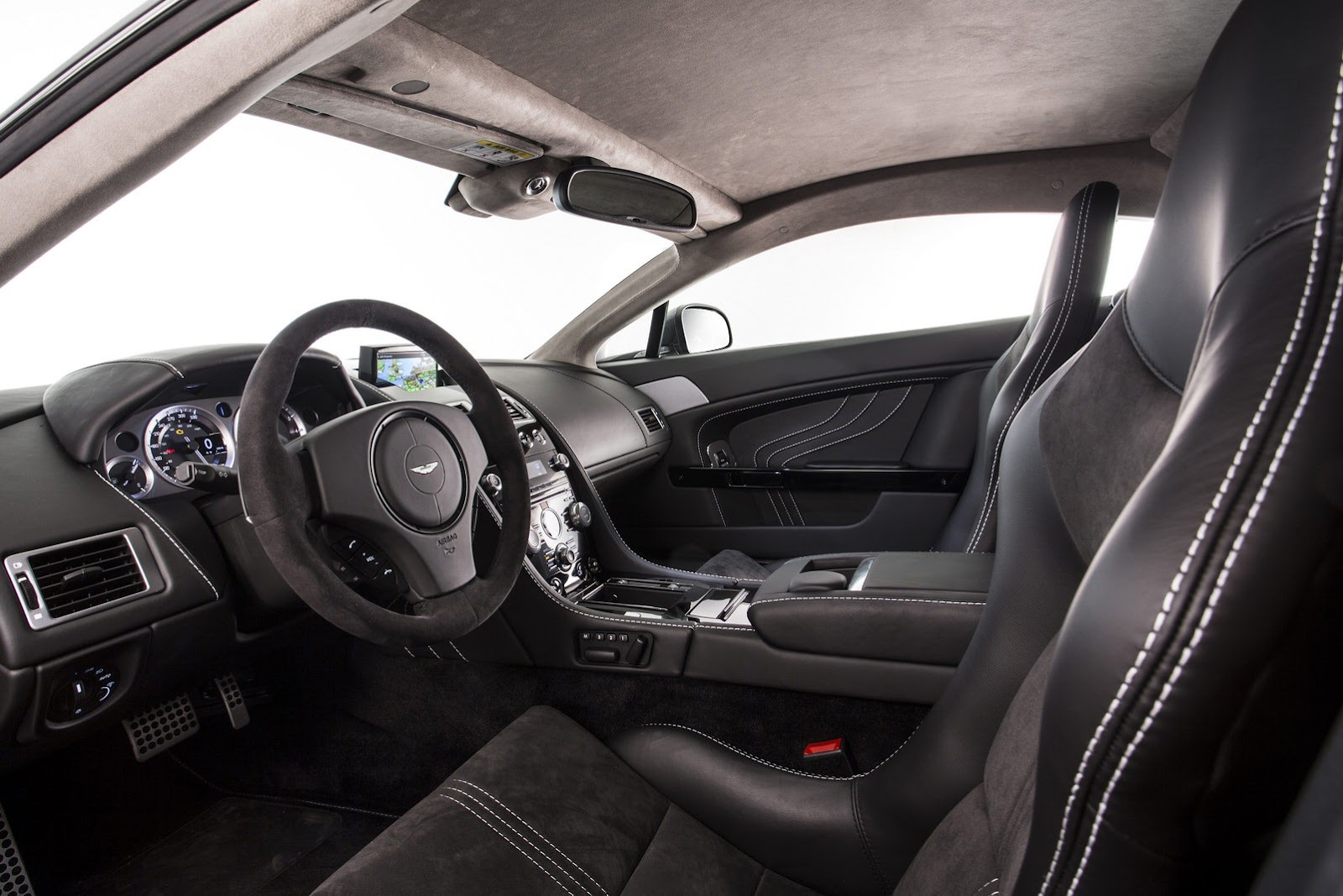 2011 - [Aston Martin] Vantage restylée - Page 2 Aston-Martin-SP10-5%25255B2%25255D