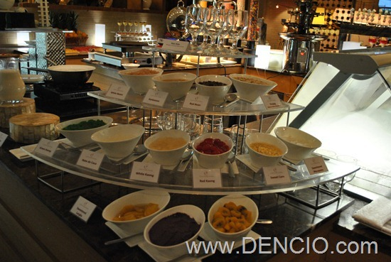 Cafe Ilang Ilang Buffet Manila Hotel 138