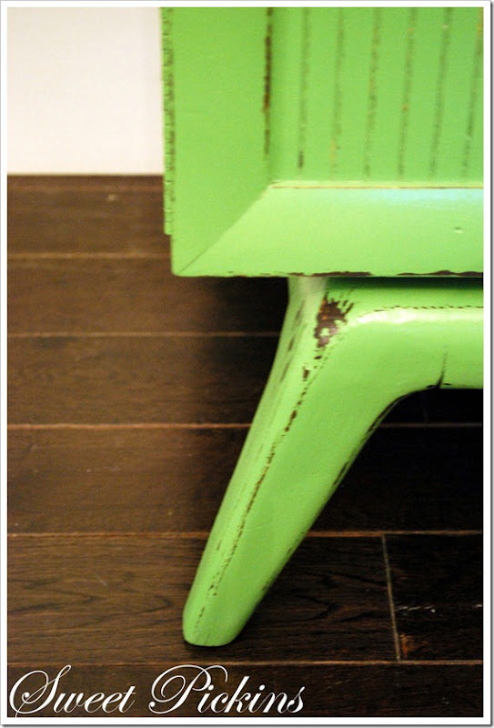 green cedar chest 017