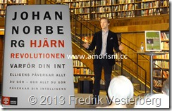 DSC06583 Johan Norberg med bok och amorism.jpg