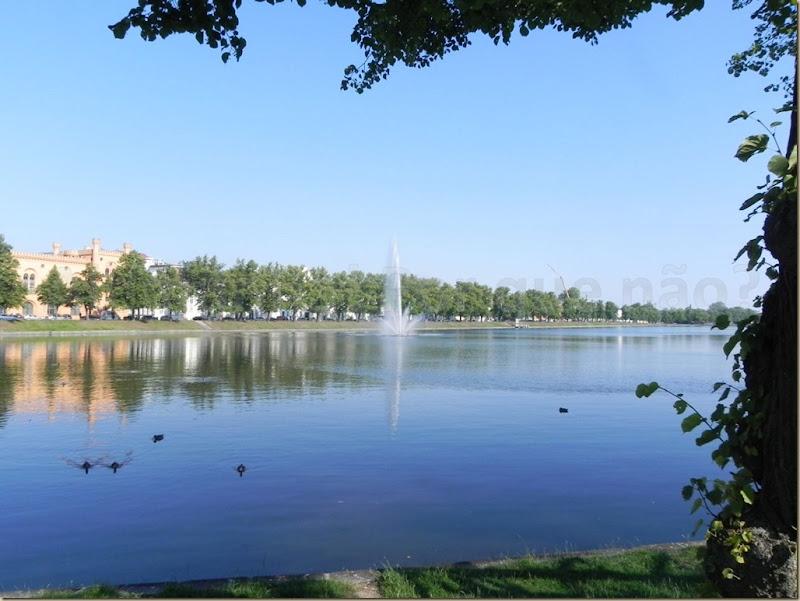 O lago Pfaffenteich em Schwerin