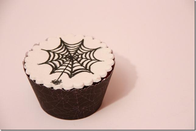 spindelvevcupcakes til halloween enkle IMG_7960