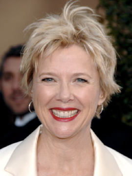 Annette Bening+June 11 2009