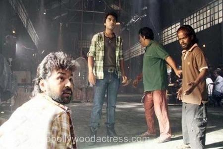 Vettai-Mannan-Movie-Stills01