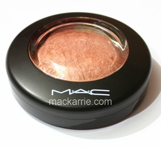 c_CheekyBronzeMineralizeSkinfinishMAC5