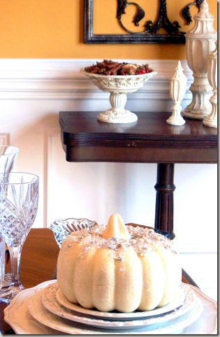 Alex photos & Bling White Pumpkin Tablescape 1593