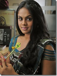 karthika_beautiful_photo