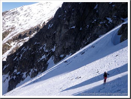 Corredor Gigolo 240m 65º IV (Cambre d'Aze 2750m, Cerdanya, Pirineos) (Isra) 8629