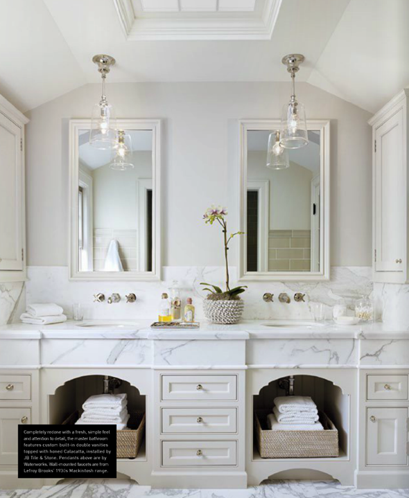 A classic house la dolce vita for Classic master bathrooms