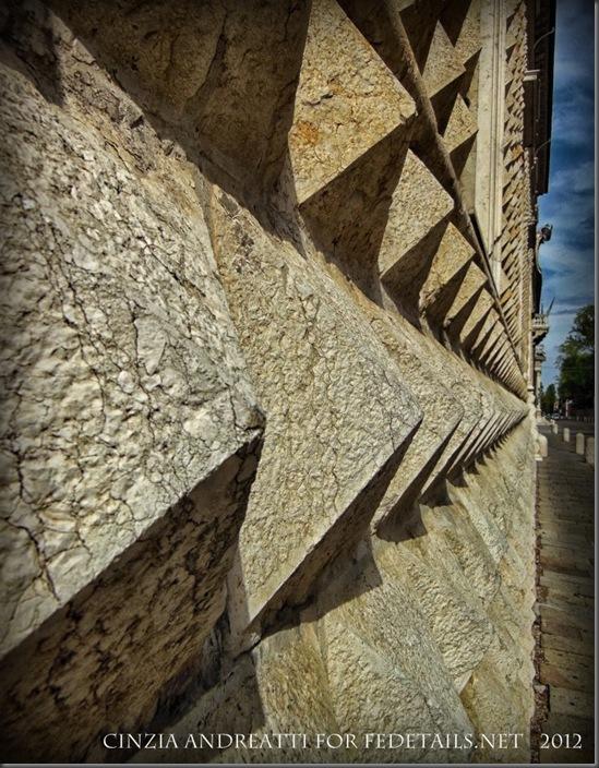 FEdetails.ne :La leggenda del diamante nascosto, foto di Cinzia Andreatti - FEdetails.ne: The legend of the hidden diamond, photo by Cinzia Andreatti