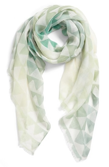 trainglescarf