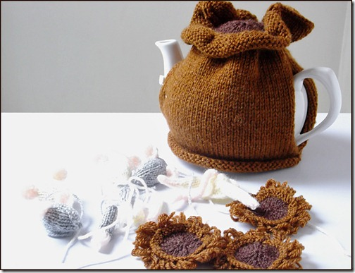 Sack of Mice making tea cosy