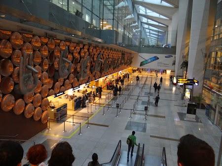 11. Aeroport Delhi.JPG