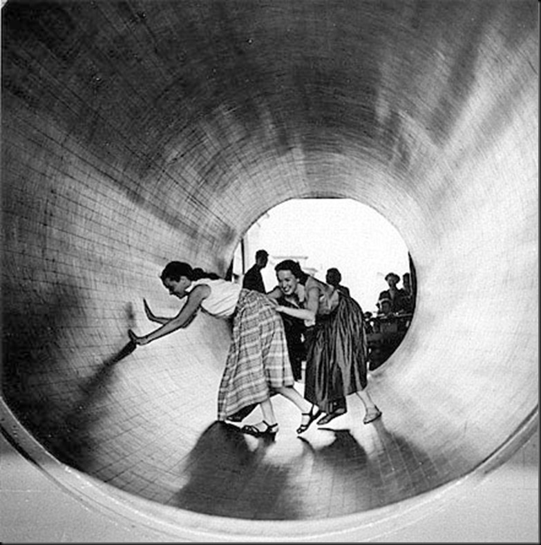 Turning Barrel, 1952