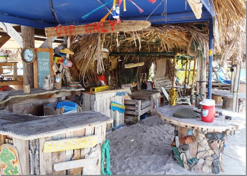 030b st. joris bay bar