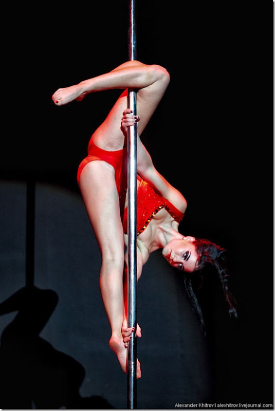 russian-pole-dancing-competition-44