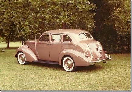 1938 Studebaker President shirl