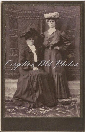 Cabinet Card Ladies in Hats DL Antiques
