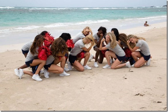 cheerleaders-swimsuits-calendar-27
