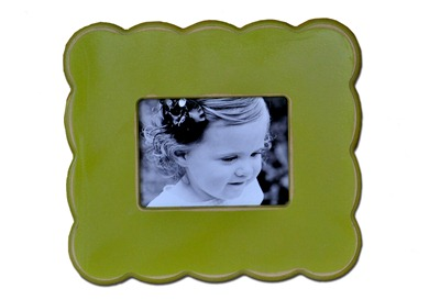 Green mini scallops frame