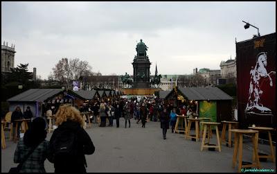 Targul de Craciun din Maria-Theresien-Platz