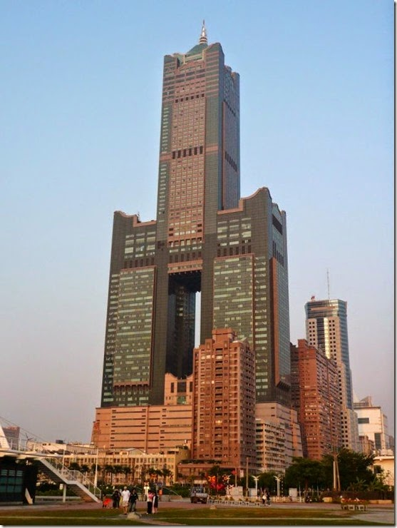 worlds-tallest-buildings-024