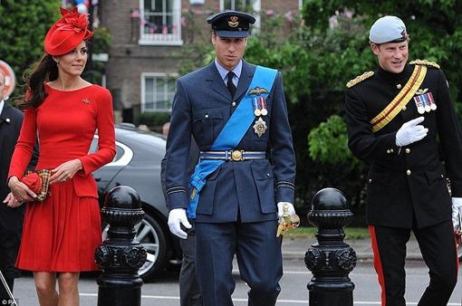 Бриллиантовый юбилей королевы Елизаветы II: Кэйт, Уильям и Гарри