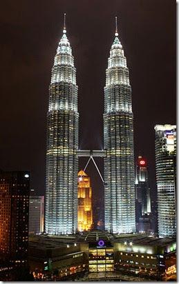 374px-Petronas_Towers,_Kuala_Lumpur_(3323152170)