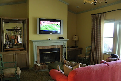 Yup, Scott watching the Stamford football game in our spacious, yet cozy digs.