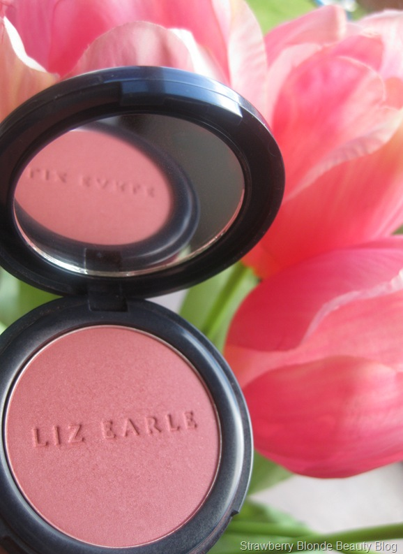 Liz_Earle_Powder_Blush_Peony_07