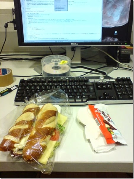 work-office-lunch-014