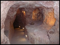 Australia, Coober Pedy, Underground Revivalist Church, 15 October 2012 (1`) (6)