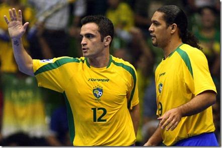 Ginásio Nélio Dias recebe o duelo internacional