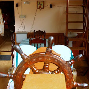 1 Night Standard Kerala Houseboat Cruise in Kumarakom - 1 Bedroom