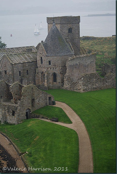 44-inchcolm