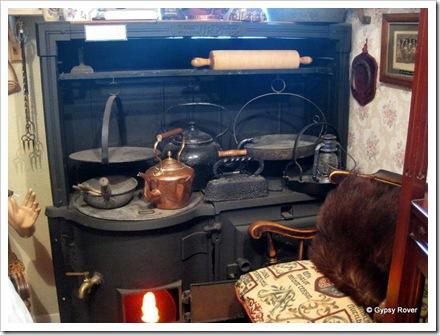 Old coal range display at Dalbeattie museum.