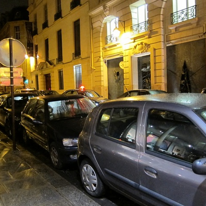 Parking in Paris – How do the French do it?