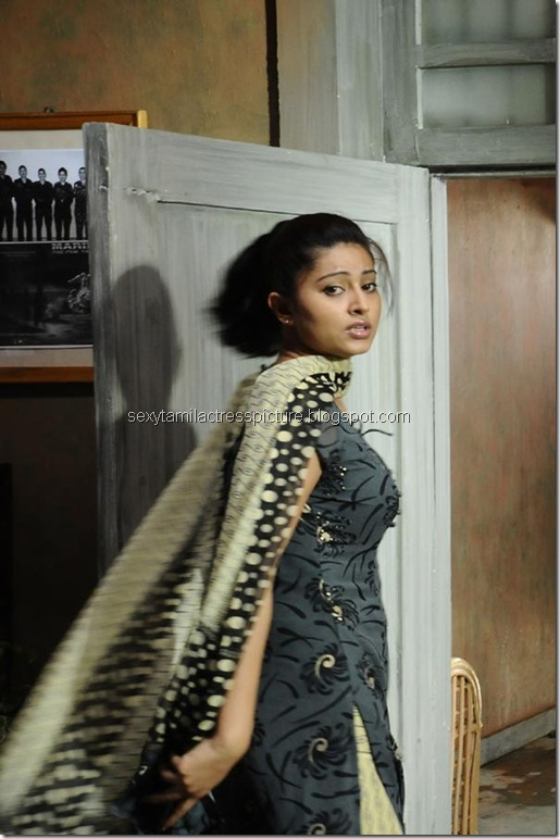 sneha_hot_in_salwar_stills