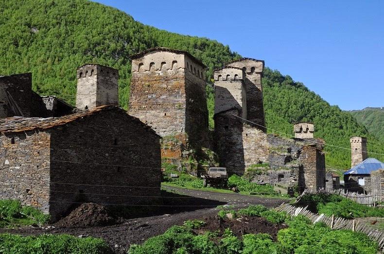 svaneti-towers-8